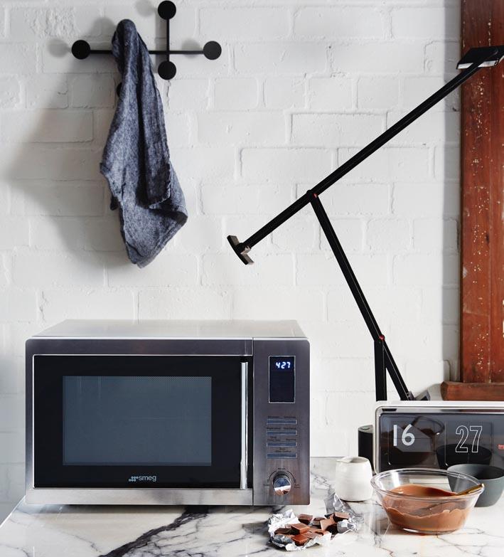Smeg inverter microwave ovens